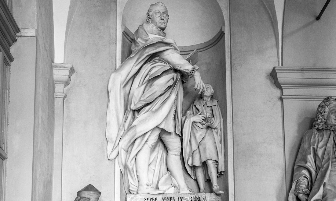 statue_giacomo-filippo-durazzo_04 - Albergo dei Poveri Genova