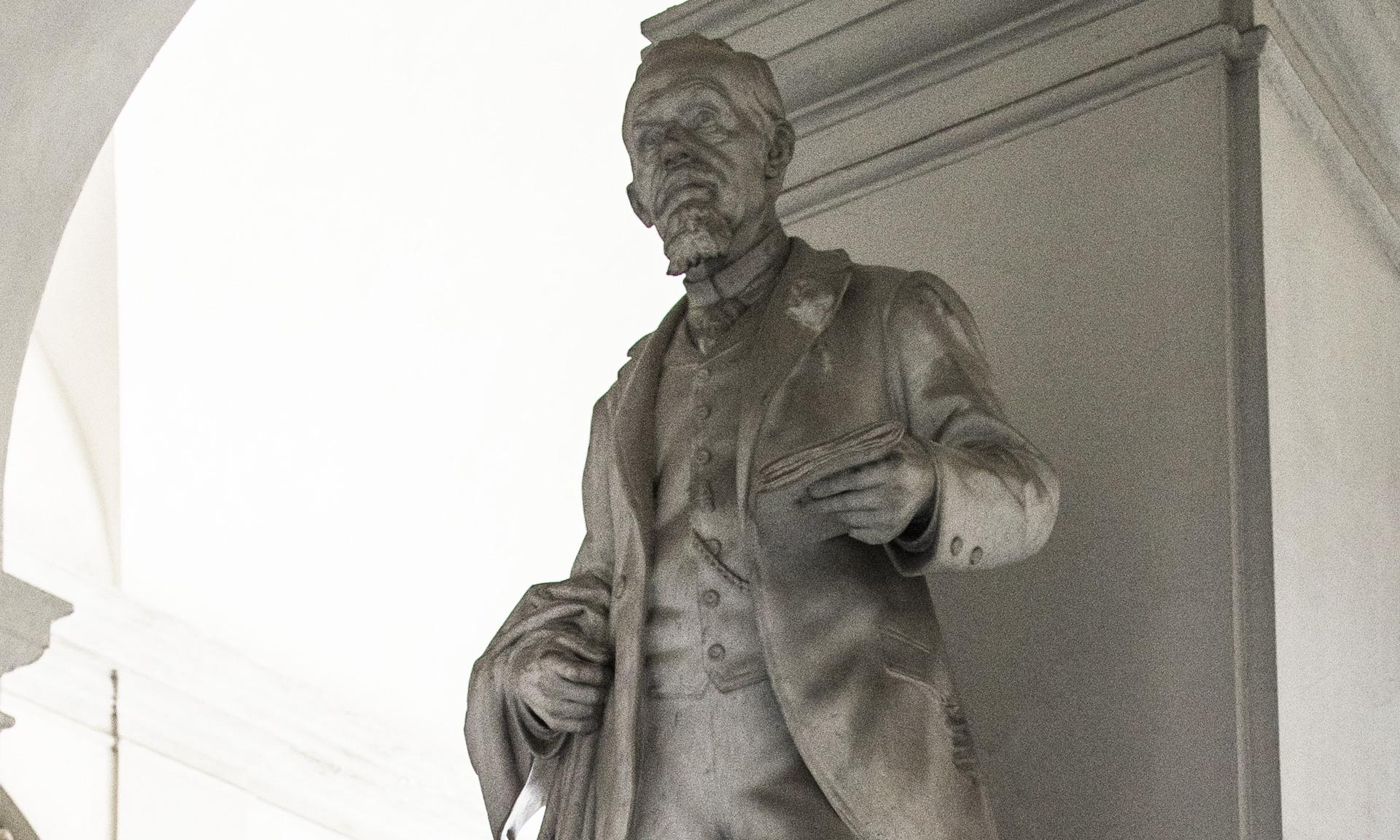 statue_pietro-leonardo-bianchi - Albergo dei Poveri Genova